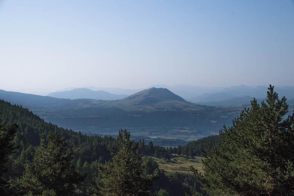 Panorama sur le Puy de Manse et les montagnes  de Haute Provence