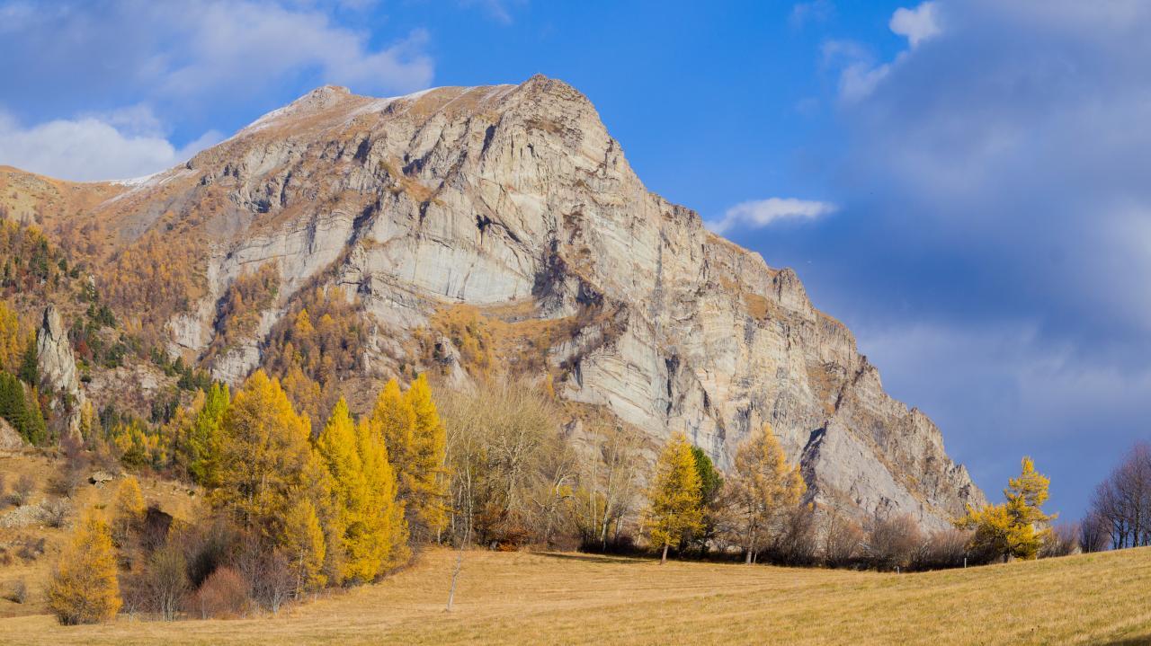 A l'automne sous les falaises
