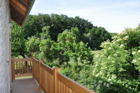 balcon dans la verdure